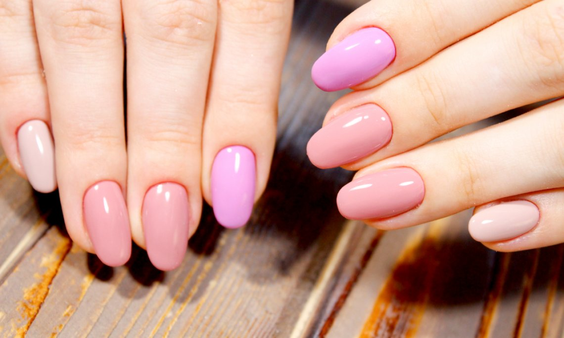 Tutte le amanti della nail art si staranno chiedendo quali saranno i trend  unghie per la primavera,estate 2018, i colori predominanti, la loro forma e
